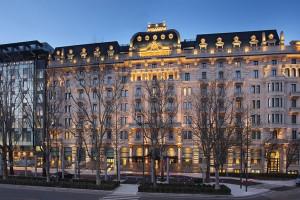 Exterior view of Le Meridien Excelsior Hotel Gallia.