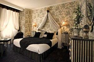 Guest room at La Galinette.