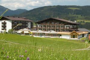 Exterior view of Sporthotel Fontana.
