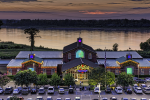Exterior view of Lady Luck Casino Vicksburg.