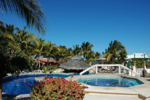 Outdoor pool at Hotel Buenavista Beach Resort.