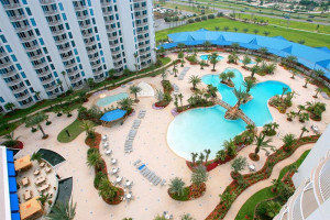 Outdoor pool at The Palms of Destin Resort & Conference Center.