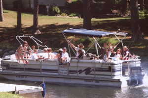 Boating Fun at Evergreen Lodge