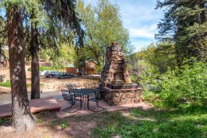 Patio at Colorado Bear Creek Cabins.