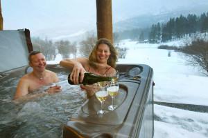 Hot tub at Bridger Vista Lodge.