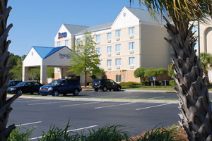 Exterior View of Fairfield Inn Myrtle Beach
