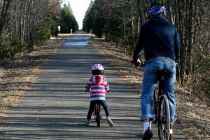 Family biking at Eagles Nest Resort.