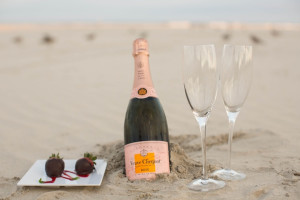 Romantic picnic on the beach at Hotel Icona.