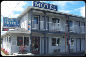 Exterior view of Pacific Inn Motel.