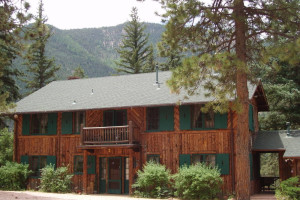 Lodge exterior at Rocky Mountain Lodge & Cabins.