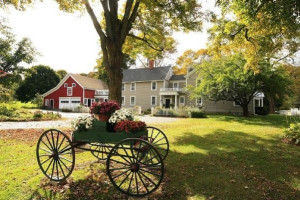 Exterior view of Cornucopia At Oldfield Bed & Breakfast.