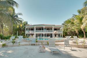 Exterior view of Coral Bay Villas.