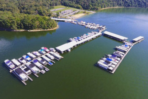 Aerial view of Holmes Bend Resort & Marina.