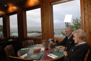 Dining at Arnesen's Rocky Point Resort.