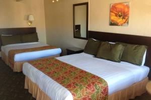Guest room at Ocean Breeze Inn.