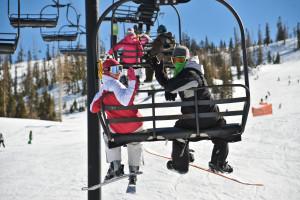 Skiing at Brian Head Vacation Rentals.
