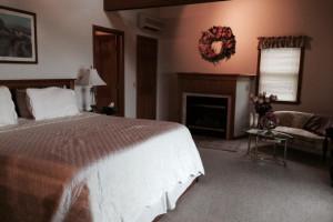 Guest room at Seneca Springs Resort.