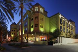 Exterior view of Desert Palms Hotel & Suites.