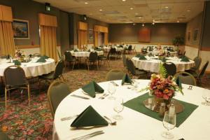 Banquet room at Maingate Lakeside Resort.