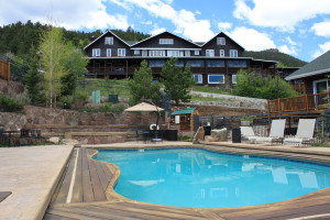 Outdoor pool at Marys Lake Lodge.