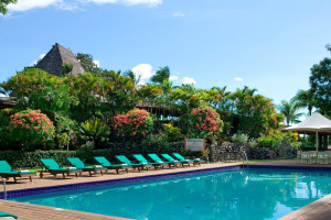 Outdoor pool at Fiji Mocambo-Nadi.