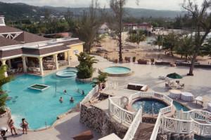 Outdoor pool at Hedonism III.