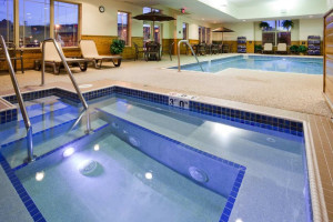 Indoor pool at Hampton Inn Duluth.