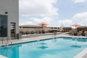 Outdoor Swimming Pool at Holiday Inn Capitol