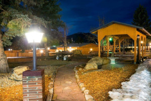 Exterior view of Murphy's Resort.