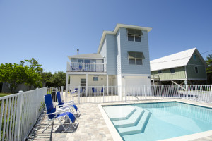 Rental pool at Paradise Properties Vacation Rentals & Sales.