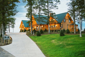 Exterior view of Pine Lakes Lodge.