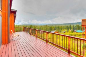 Spacious Deck at Tahoe Signature Properties
