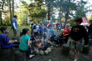 Campfire at Eagles Nest Resort.