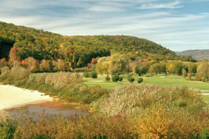 White Mountain Country Club near The Valley Inn.
