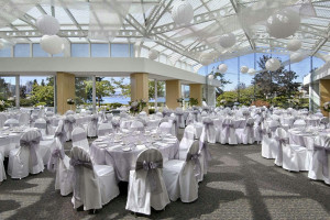 Wedding at at Inn at Laurel Point.