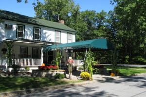 Exterior view of Baumann's Brookside Summer Resort.