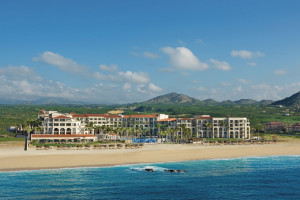 Exterior view of Dreams Los Cabos Suites Golf Resort & Spa.