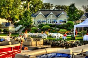 Exterior view of Bay Pointe Inn Lakefront Resort.