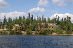 Exterior view of Hatchet Lake Lodge.