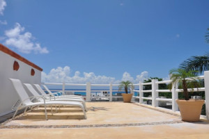 Sun deck at Hotel Flamingo.