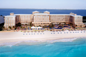 Exterior view of Ritz-Carlton Cancun.
