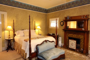Guest room at Camellia Inn.