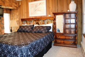 Guest bedroom at Brian Head Vacation Rentals.