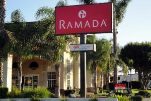 Exterior view of Ramada Limited & Suites Costa Mesa/Newport Beach.