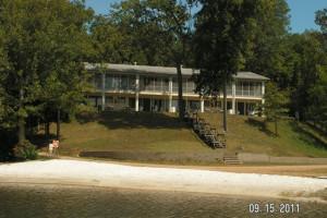 Exterior view of Kentucky Beach Resort.