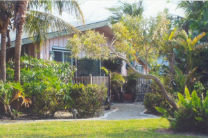 Cottage exterior at Palms Of Sanibel.