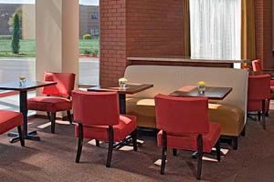 Lounge Area at Hyatt Place Mohegan Sun