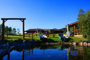 Exterior view of Crystal Waters Guest Ranch.