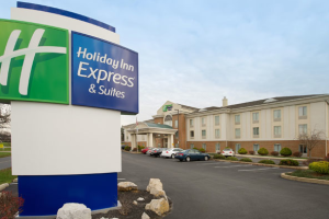 Exterior of Holiday Inn Express Chambersburg