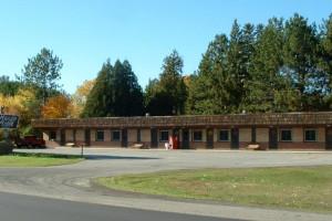 Exterior view of Marjo Motel.